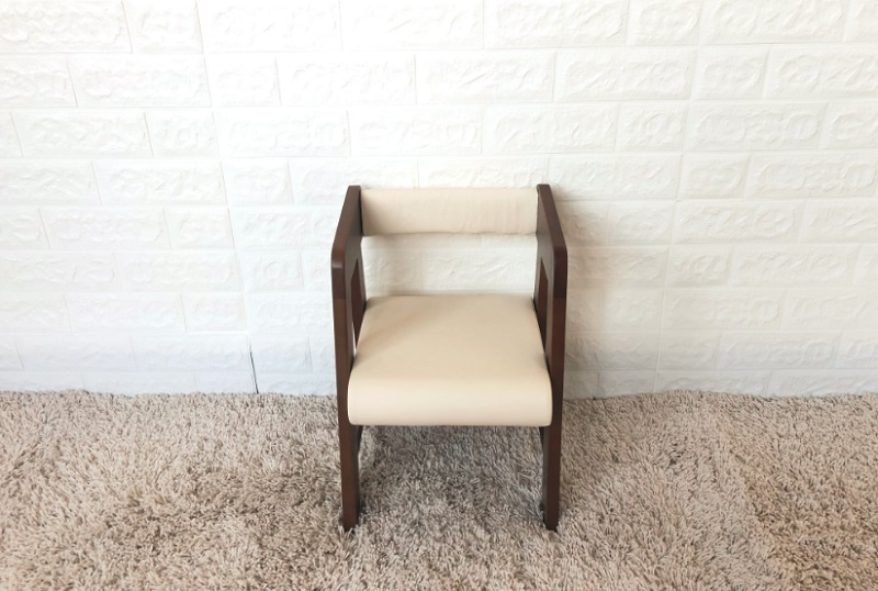 Baby Chair-Short-Brown & soft seat